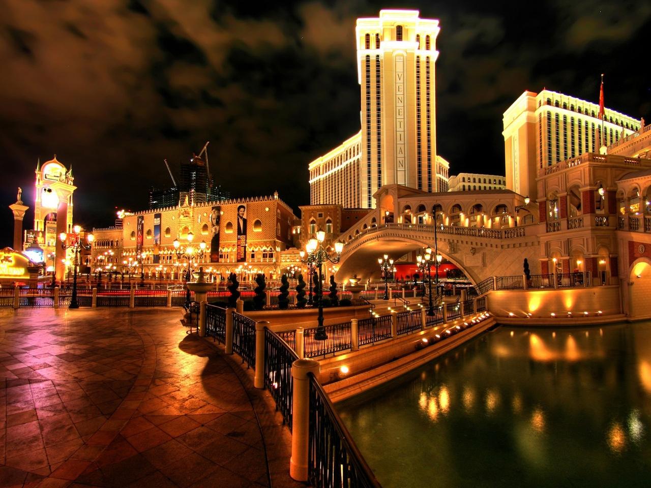 Cheesiest Hotels in Las Vegas