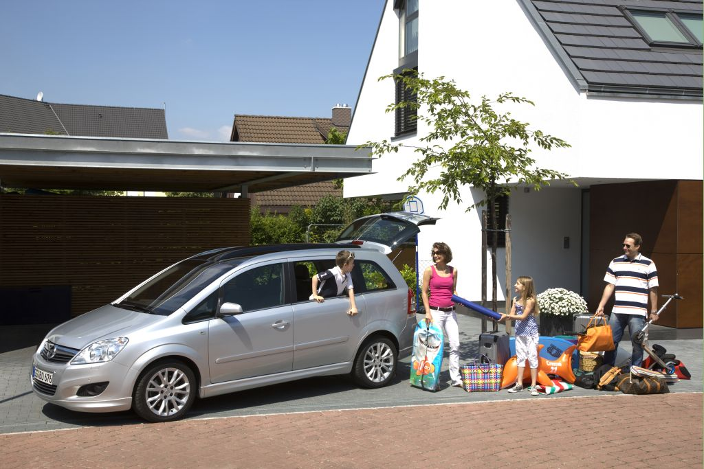 Travel Made Easy with Auto Transport