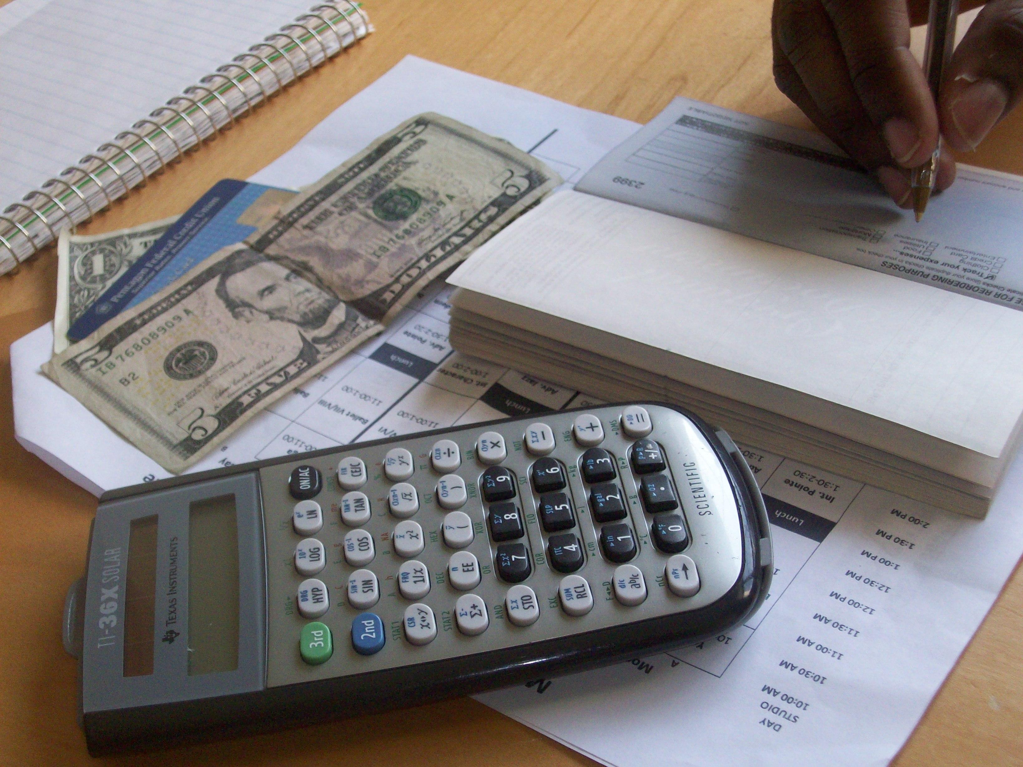 Creating a holiday budget