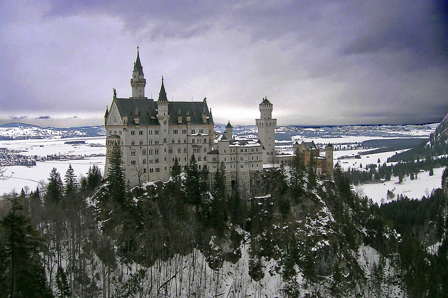 Winter view of Neuschwanstein Castle