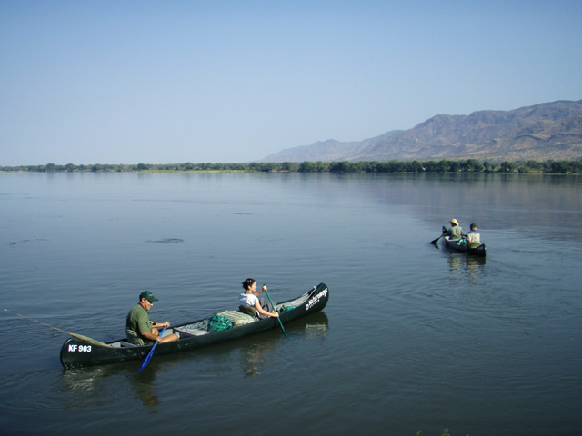 canoe safari to Botswana
