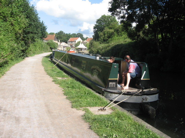 Narrowboat holiday popularity on the rise