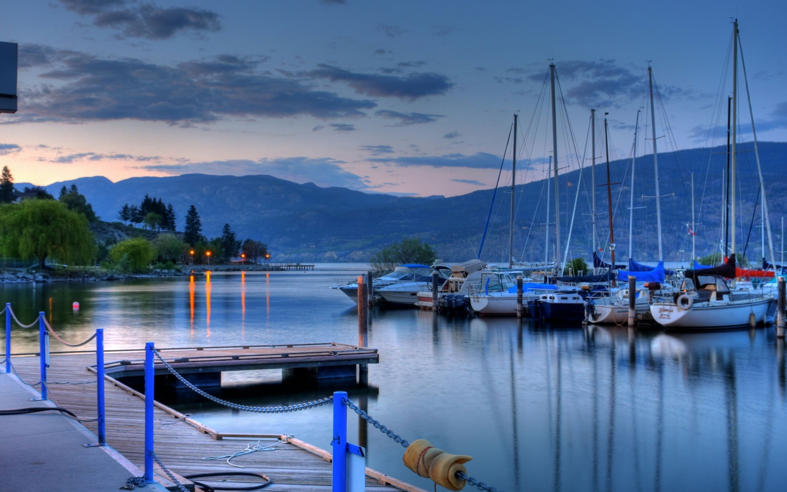 How to hire inexpensive sailboats