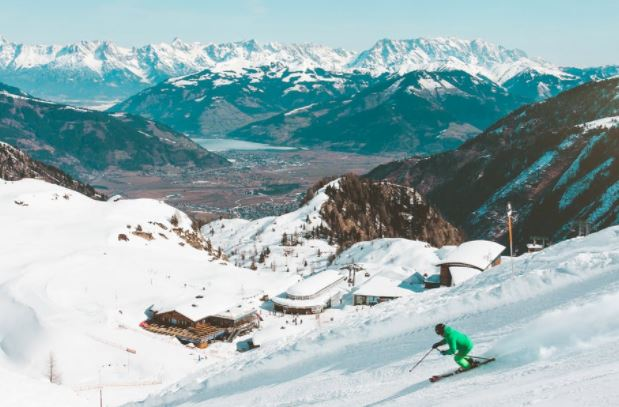 6 Best Ski Resorts In The World